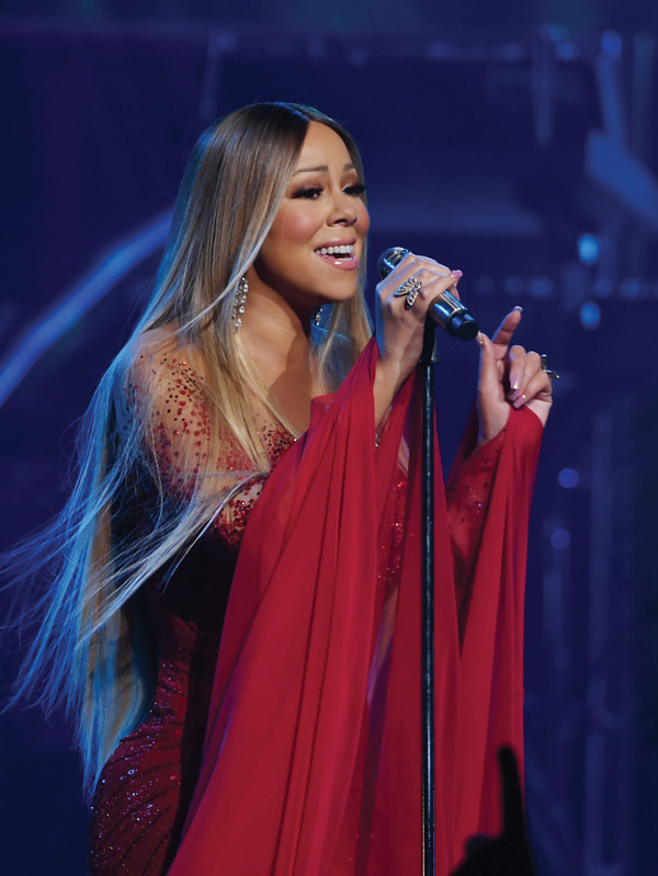 Mariah-Carey-is-back-at-The-Colosseum