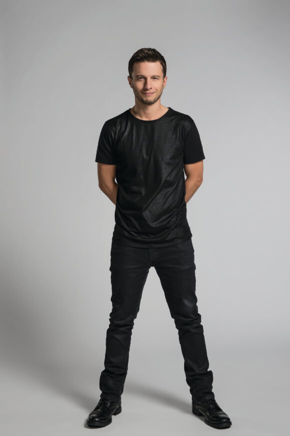 Magician Mat Franco, star of MAT FRANCO - MAGIC REINVENTED NIGHTLY at The LINQ